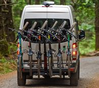 YAKIMA HANGOVER 6 VERTICAL HITCH MOUNT CARRIER - 6 BIKES